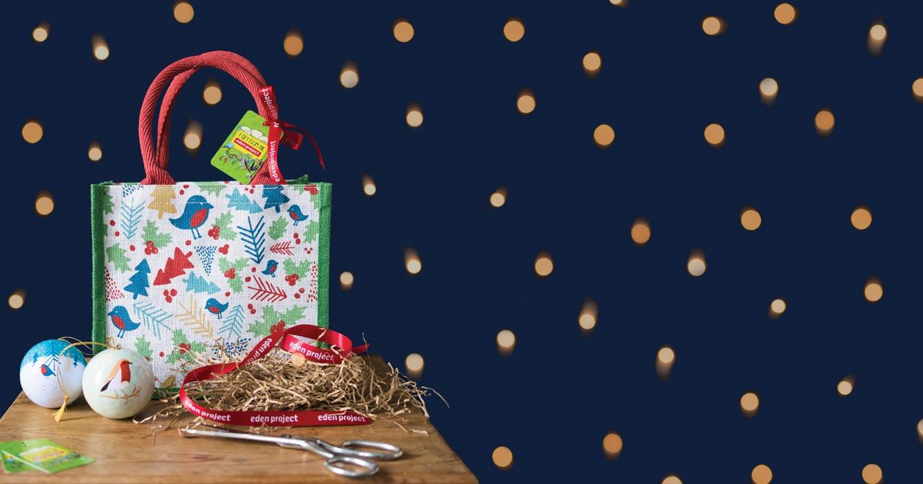 https://www.edenproject.com/shop/sites/default/files/revslider/image/christmas-gift-bag-carousel.jpg