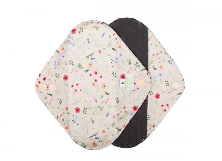Reusable sanitary pads wildflowers medium