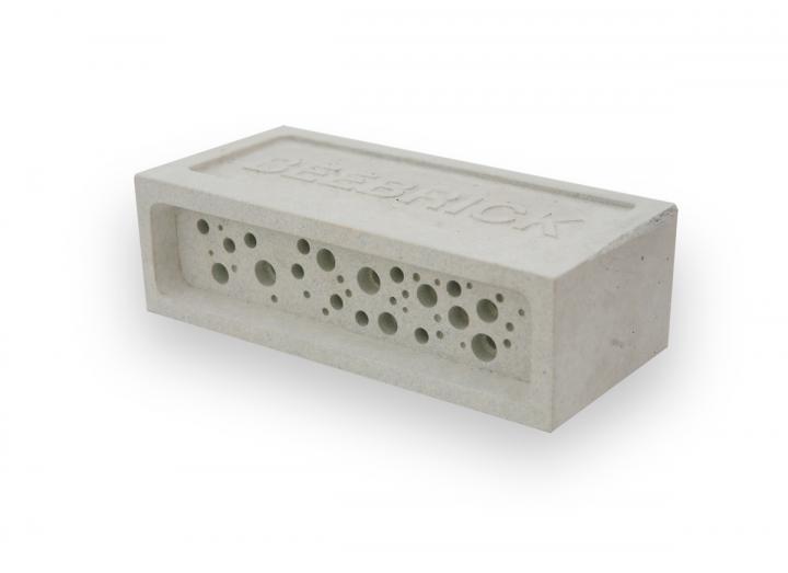 Bee brick white