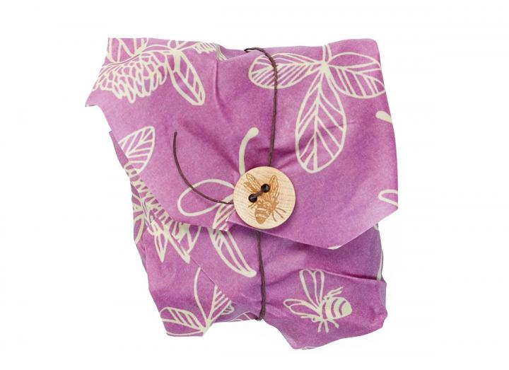 Bee's Wrap clover print sandwich wrap, made from beeswax and organic cotton