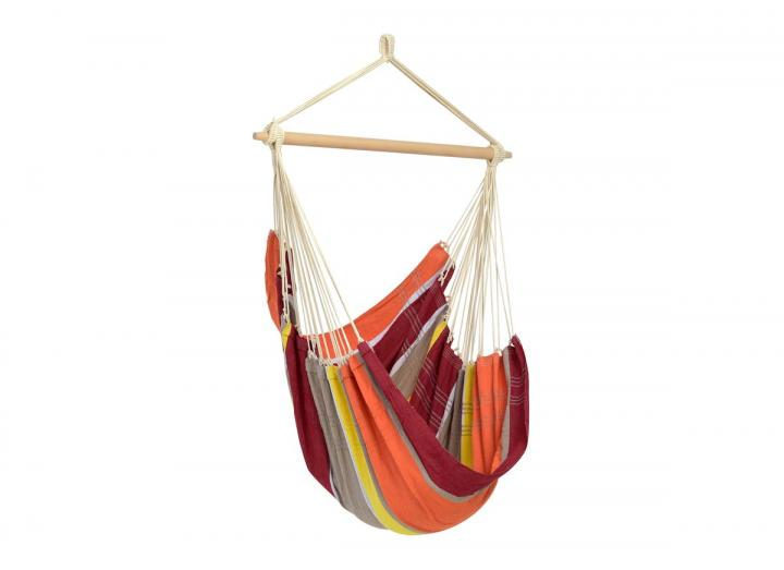 Brasil hanging chair in acerola from Amazonas