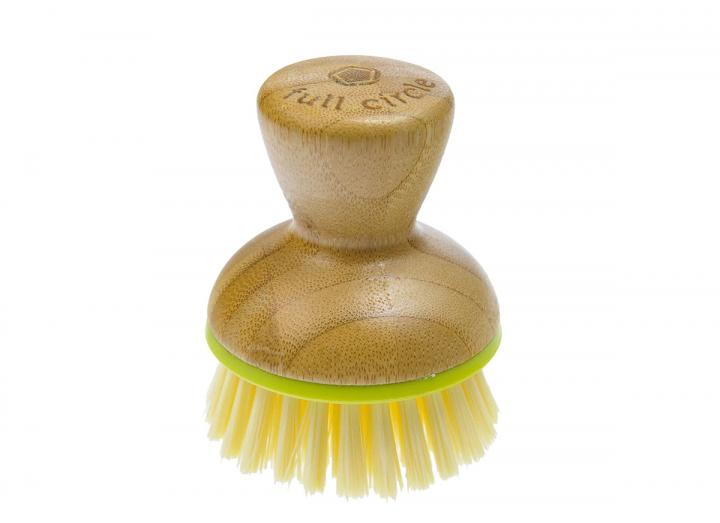 Full Circle bubble up dish brush in green, made from bamboo & recycled plastic