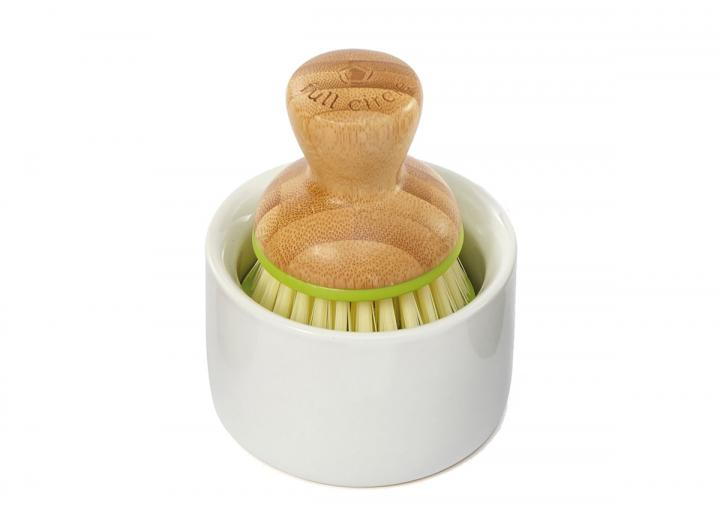 Full Circle bubble up dispenser & brush set, made from bamboo & recycled plastic