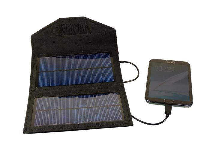 powerplus fox foldable solar charger
