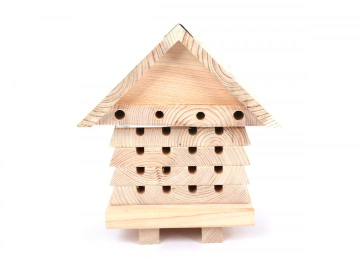 Interactive beehive for solitary bees from Wildlife World