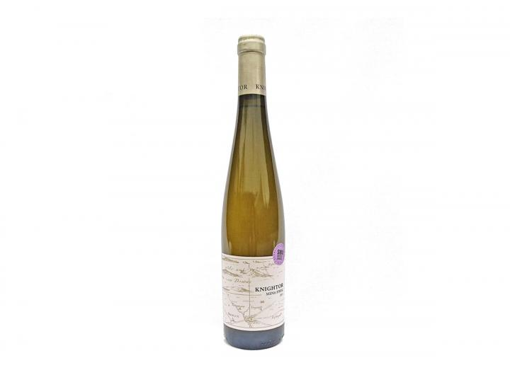 Knightor Winery mena hweg white wine