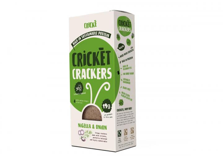 Onion & nigella seeds cricket crackers