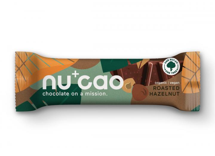 Nucao roasted hazelnut raw chocolate bar