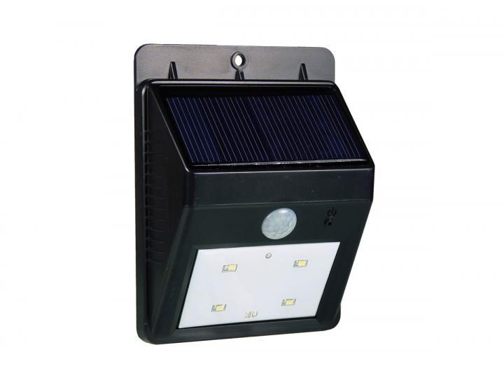 Solar powered outdoor light