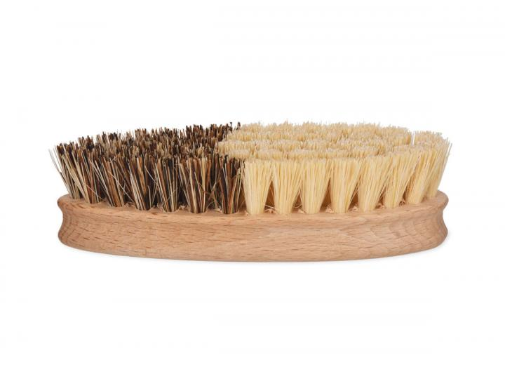 Wooden vegetable brush from Garden Trading