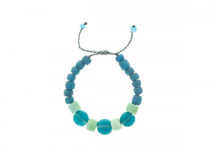 Air glass oval bracelet