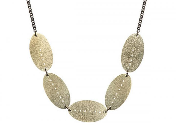 Brass oval necklace