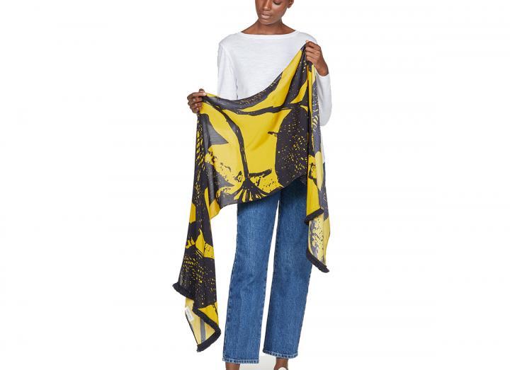 Deverell scarf