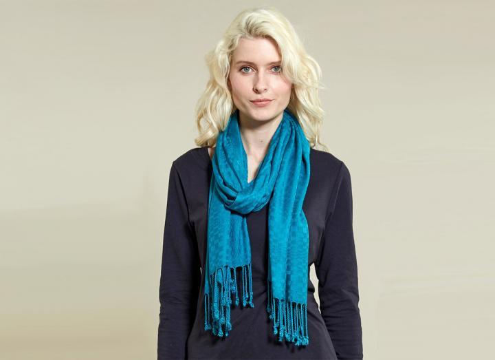 Fringe viscose scarf