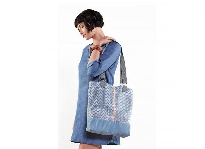 Handloom shopper bag