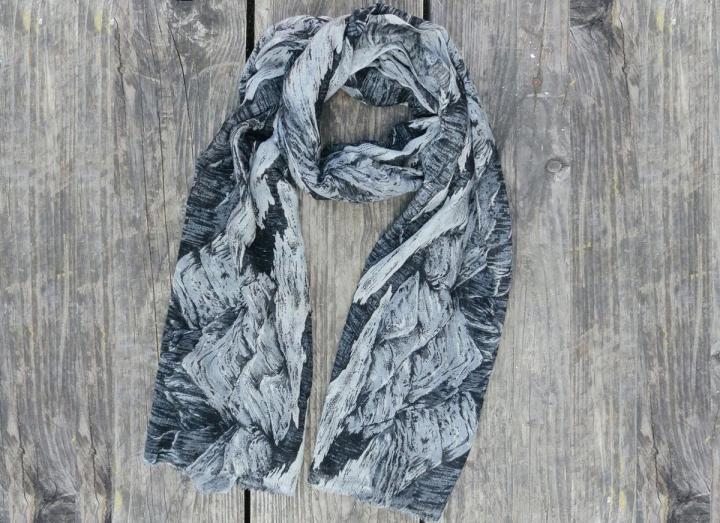 Fine wool scarf grey