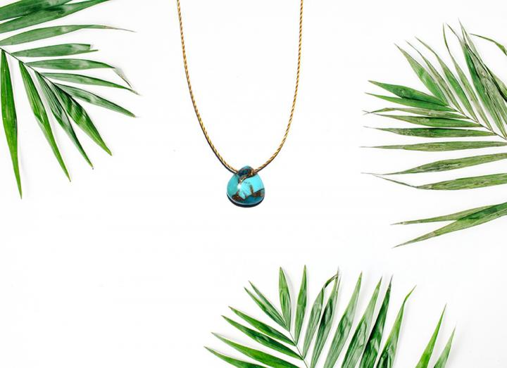 Kingsman turquoise necklace