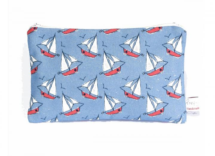 Large purse breezy boats