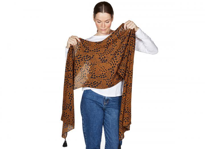 Leonie scarf