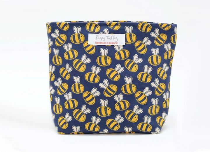 Makeup bag busy bees