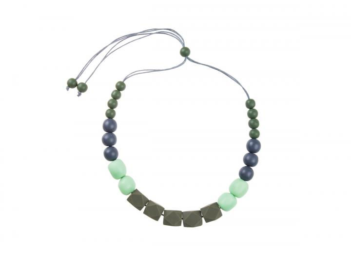 Resin ball bead necklace