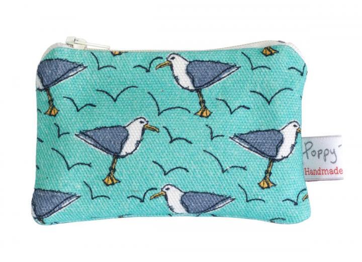 Small purse seagull