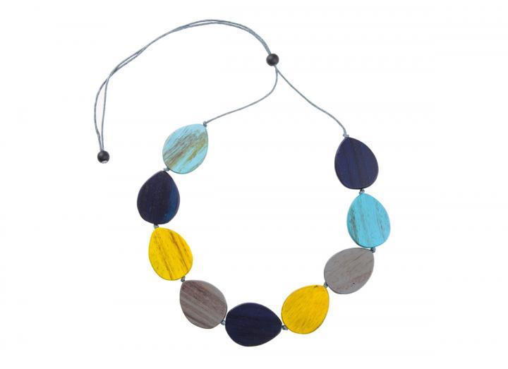 Wooden teardrop necklace